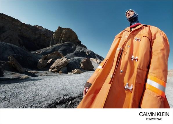 Calvin-Klein-fall-2018-ad-campaign-the-impression-002