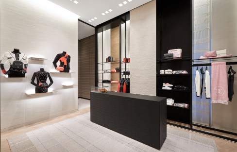 Chanel-boutique-19-rue-Cambon-Flagship-the-impression-04