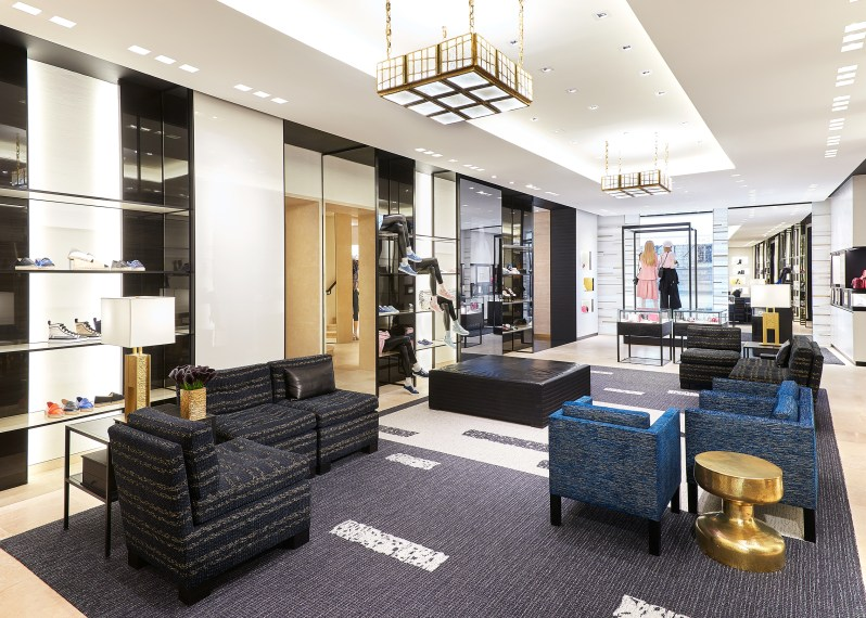 Chanel-boutique-19-rue-Cambon-Flagship-the-impression-37