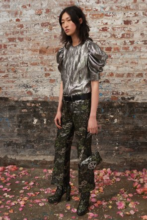 Michael-Kors-Collectioni-Pre-Fall-2019-Collection-the-impression-34