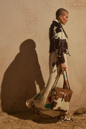 Tory-Burch-Pre-Fall-2019-Collection-the-impression-17
