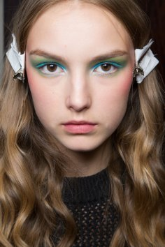 Alexis-Mabille-spring-2016-beauty-fashion-show-the-impression-28