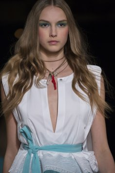 Alexis-Mabille-spring-2016-runway-beauty-fashion-show-the-impression-31