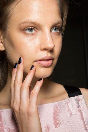 Amanda-wakeley-spring-2016-beauty-fashion-show-the-impression-18