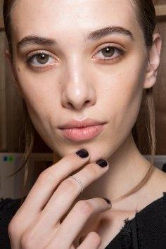 Amanda-wakeley-spring-2016-beauty-fashion-show-the-impression-42
