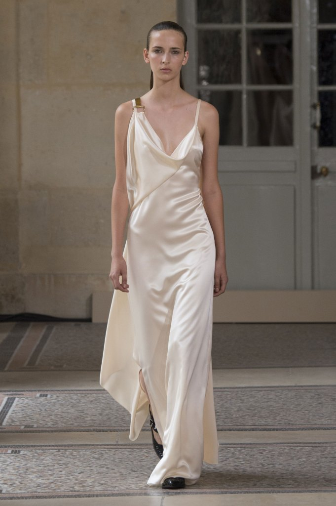 BOUCHRA-JARRAR-fall-2015-couture-show-the-impression-006