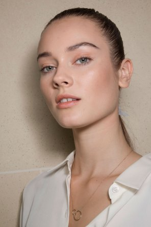 Balmain-spring-2016-beauty-fashion-show-the-impression-21