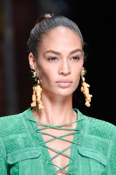 Balmain-spring-2016-runway-beauty-fashion-show-the-impression-14
