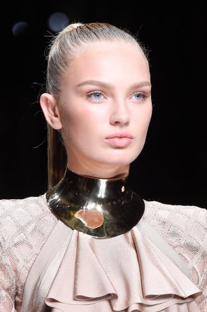 Balmain-spring-2016-runway-beauty-fashion-show-the-impression-32