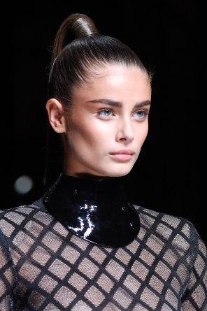 Balmain-spring-2016-runway-beauty-fashion-show-the-impression-57