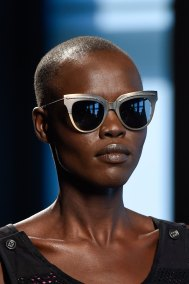 Bottega-Veneta-runway-beauty-spring-2016-close-up-fashion-show-the-impression-004