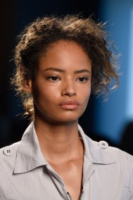 Bottega-Veneta-runway-beauty-spring-2016-close-up-fashion-show-the-impression-022