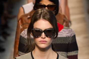 Bottega-Veneta-runway-beauty-spring-2016-close-up-fashion-show-the-impression-033