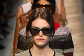 Bottega-Veneta-runway-beauty-spring-2016-close-up-fashion-show-the-impression-033