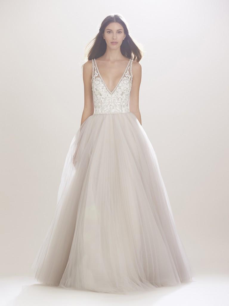 Carolina-Herrera-fall-2016-bridal-fashion-show-the-impression-05