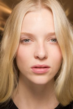 Carven-spring-2016-beauty-fashion-show-the-impression-44