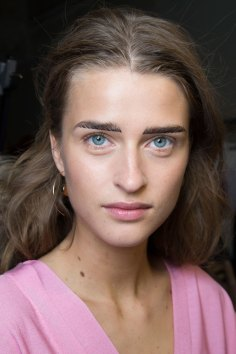 Cedric-Charlier-spring-2016-beauty-fashion-show-the-impression-14