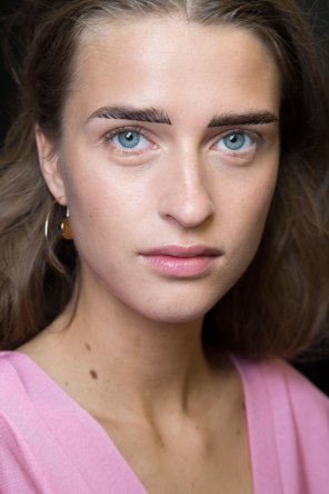 Cedric-Charlier-spring-2016-beauty-fashion-show-the-impression-17