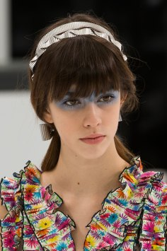 Chanel-spring-2016-runway-beauty-fashion-show-the-impression-40