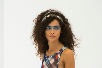 Chanel-spring-2016-runway-beauty-fashion-show-the-impression-52