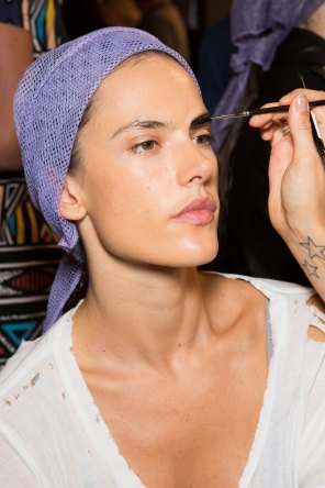 DSquared2-backstage-beauty-spring-2016-fashion-show-the-impression-012