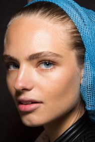DSquared2-backstage-beauty-spring-2016-fashion-show-the-impression-016