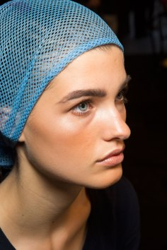 DSquared2-backstage-beauty-spring-2016-fashion-show-the-impression-030