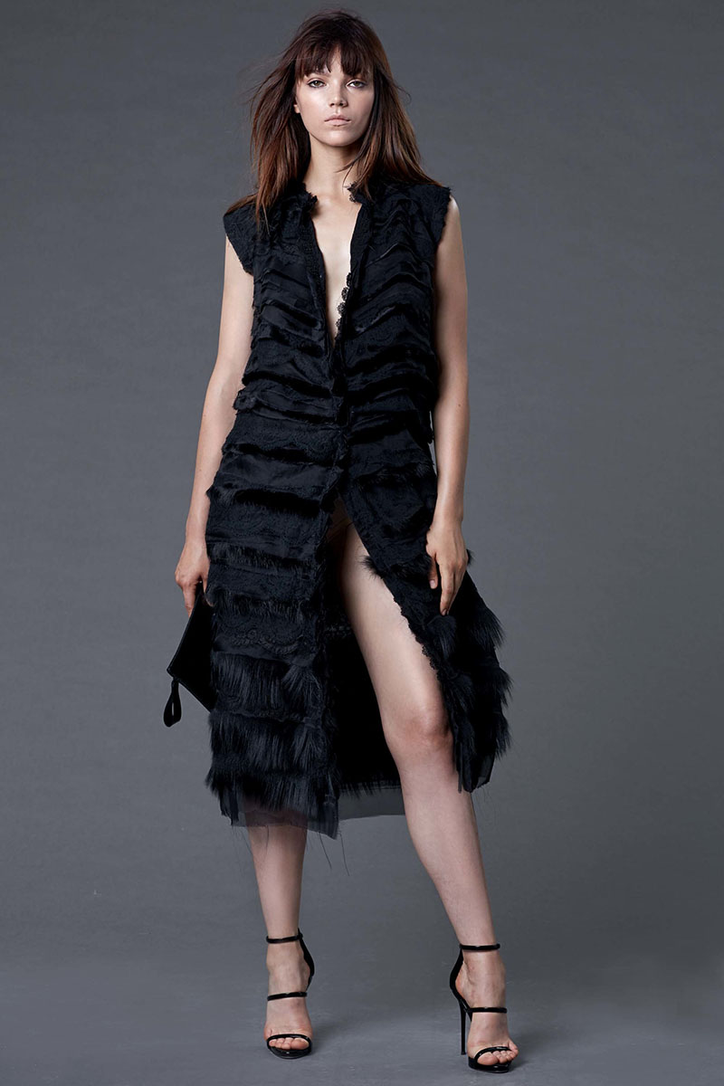 Dennis-Basso-resort-2017-fashion-show-the-impression-26