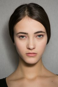 Dior-backstage-beauty-spring-2016-fashion-show-the-impression-032