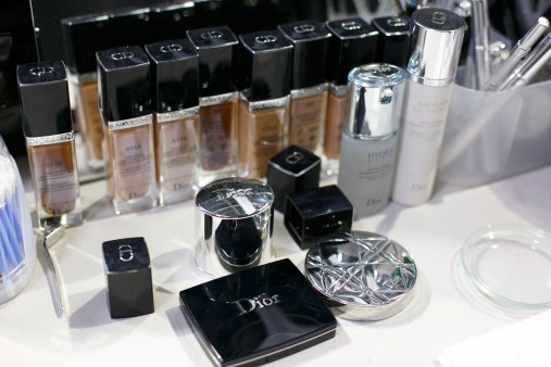 Dior-backstage-beauty-spring-2016-fashion-show-the-impression-107