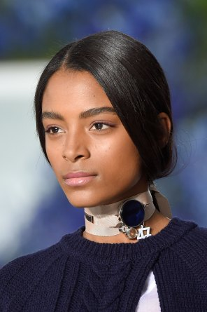 Dior-runway-beauty-spring-2016-fashion-show-the-impression-011