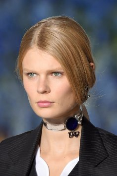 Dior-runway-beauty-spring-2016-fashion-show-the-impression-026