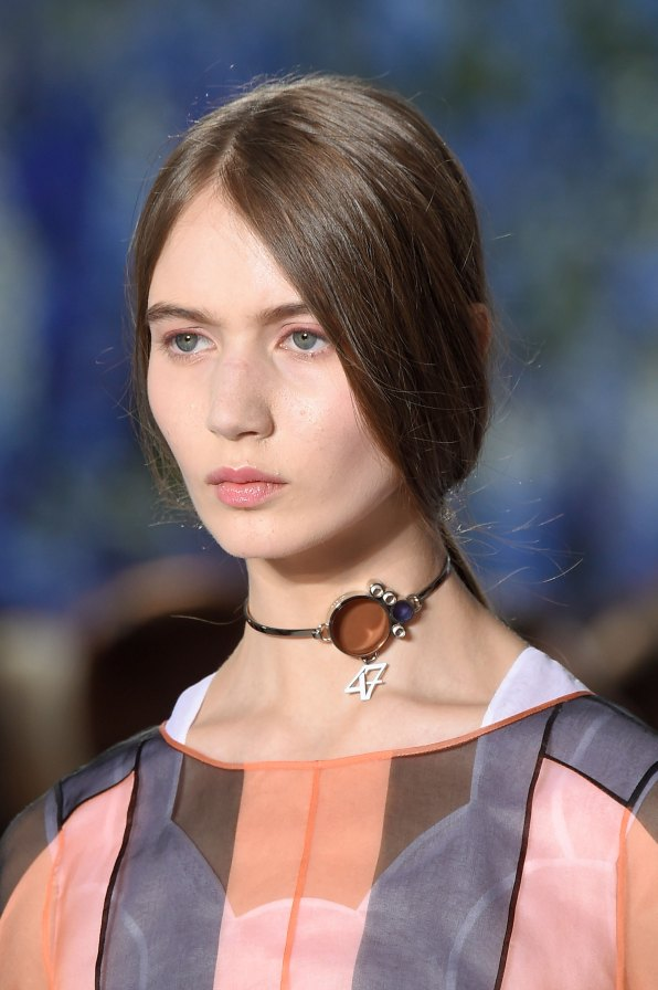 Dior-runway-beauty-spring-2016-fashion-show-the-impression-032