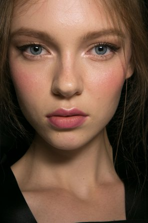 Dolce-and-Gabanna-backstage-beauty-spring-2016-fashion-show-the-impression-008