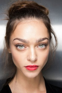 Dolce-and-Gabanna-backstage-beauty-spring-2016-fashion-show-the-impression-070