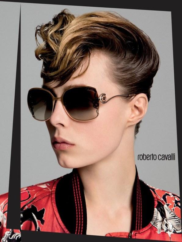 Edie-Campbell-Roberto-Cavalli-Spring-Summer-2016-07-620x828