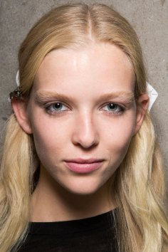 Emilio-Pucci-spring-2016-beauty-fashion-show-the-impression-023