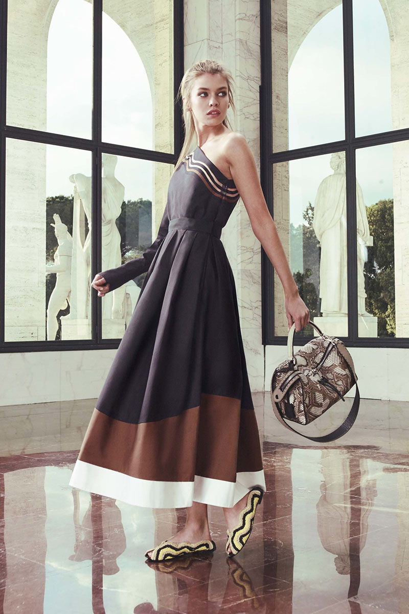 Fendi-resort-2017-fashion-show-the-impression-19