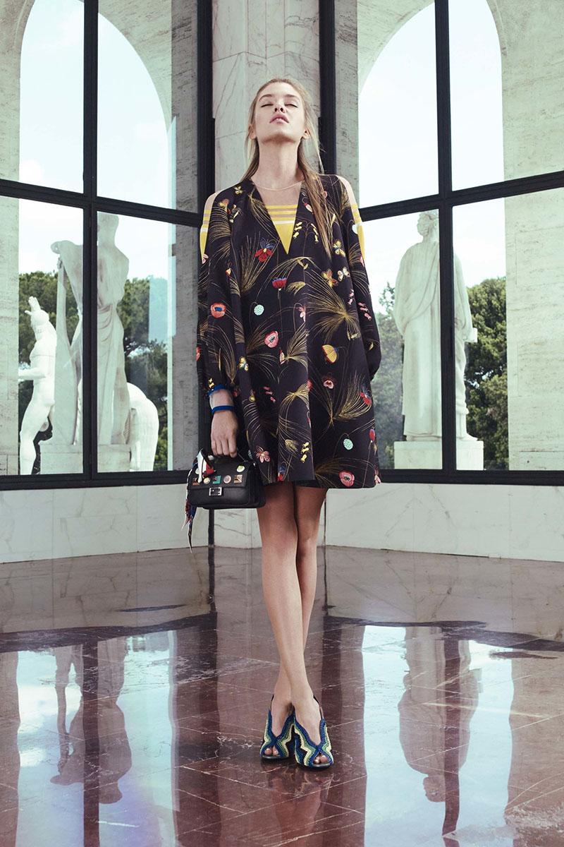Fendi-resort-2017-fashion-show-the-impression-22