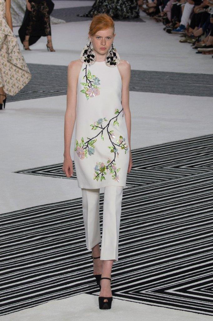 GIAMBATTISTA-VALLI-fall-2015-couture-the-impression-038