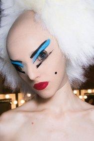 Gareth-Pugh-beauty-spring-2016-fashion-show-the-impression-094