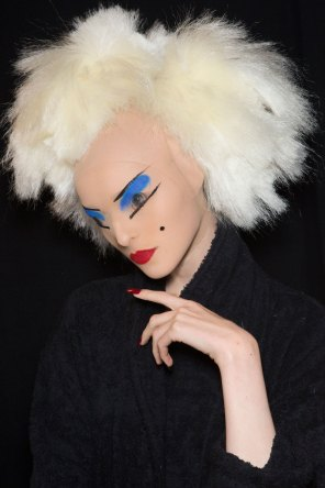 Gareth-Pugh-beauty-spring-2016-fashion-show-the-impression-124