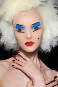 Gareth-Pugh-beauty-spring-2016-fashion-show-the-impression-131