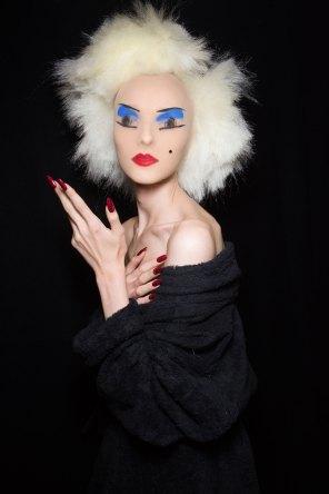 Gareth-Pugh-beauty-spring-2016-fashion-show-the-impression-144