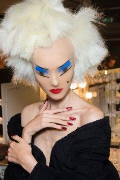 Gareth-Pugh-beauty-spring-2016-fashion-show-the-impression-156