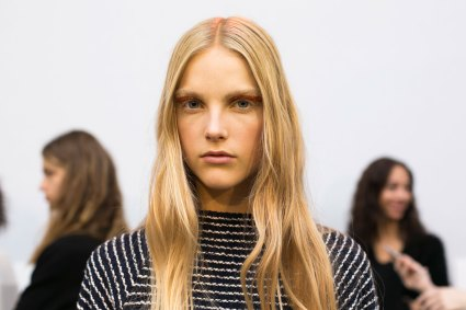 Giambattista-valli-spring-2016-beauty-fashion-show-the-impression-32
