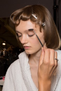 Gucci0-backsatge-beauty-spring-2016-fashion-show-the-impression-006