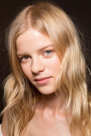 Gucci0-backsatge-beauty-spring-2016-fashion-show-the-impression-028