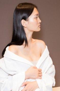 Gucci0-backsatge-beauty-spring-2016-fashion-show-the-impression-063
