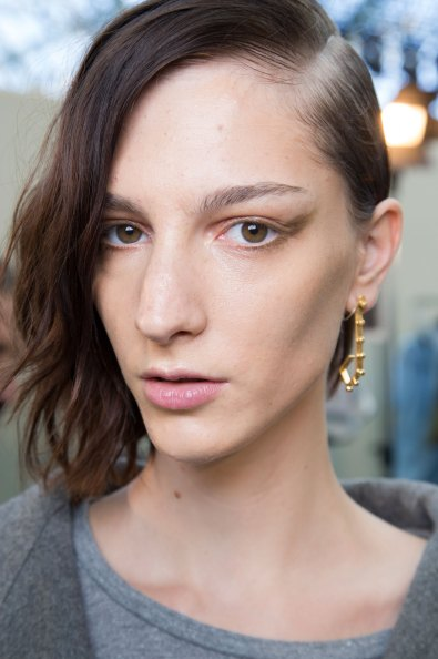 Guy-Laroche-spring-2016-beauty-fashion-show-the-impression-24